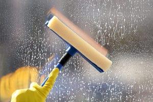 kdo umyje okna v Brně