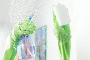 Mytí prosklených ploch v domácnosti