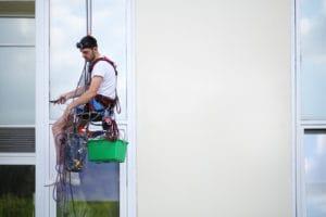 kvalitní mytí oken ve výškách