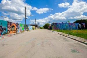 odstraňování graffiti na garážích