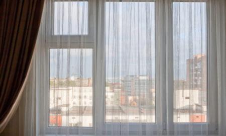 Odsranění polepů ze sklaOdsranění polepů ze skla