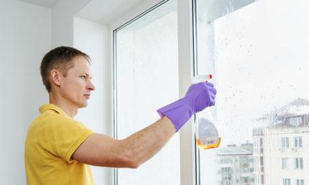 mytí okna ve výšce